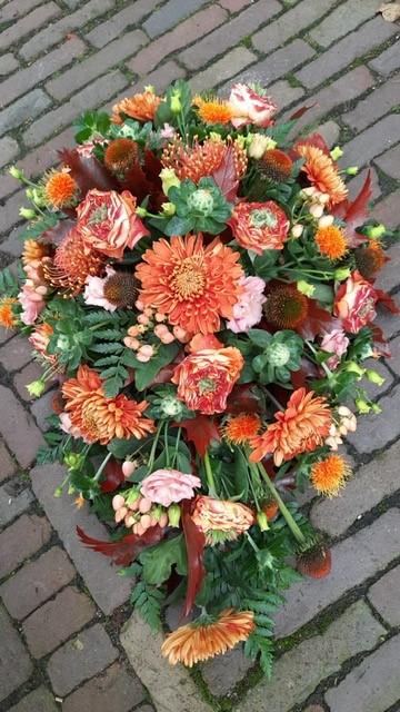 Rouwstuk druppelvorm herfst kleuren